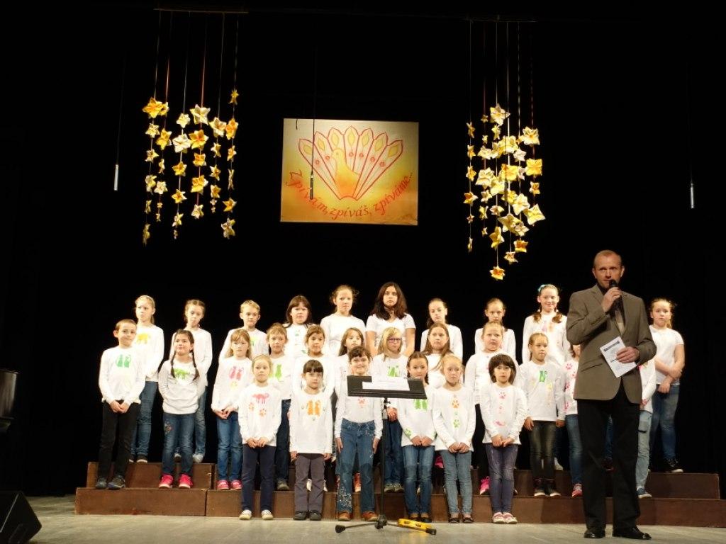 Přehlídka pěveckých sborů Zpívám, zpíváš, zpíváme 1