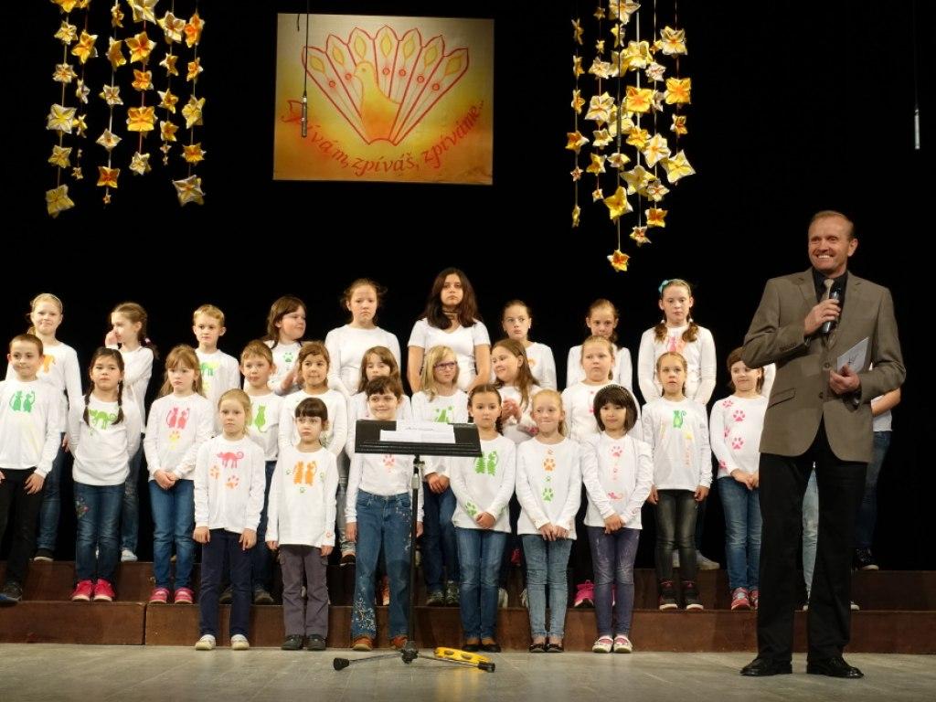 Přehlídka pěveckých sborů Zpívám, zpíváš, zpíváme 2