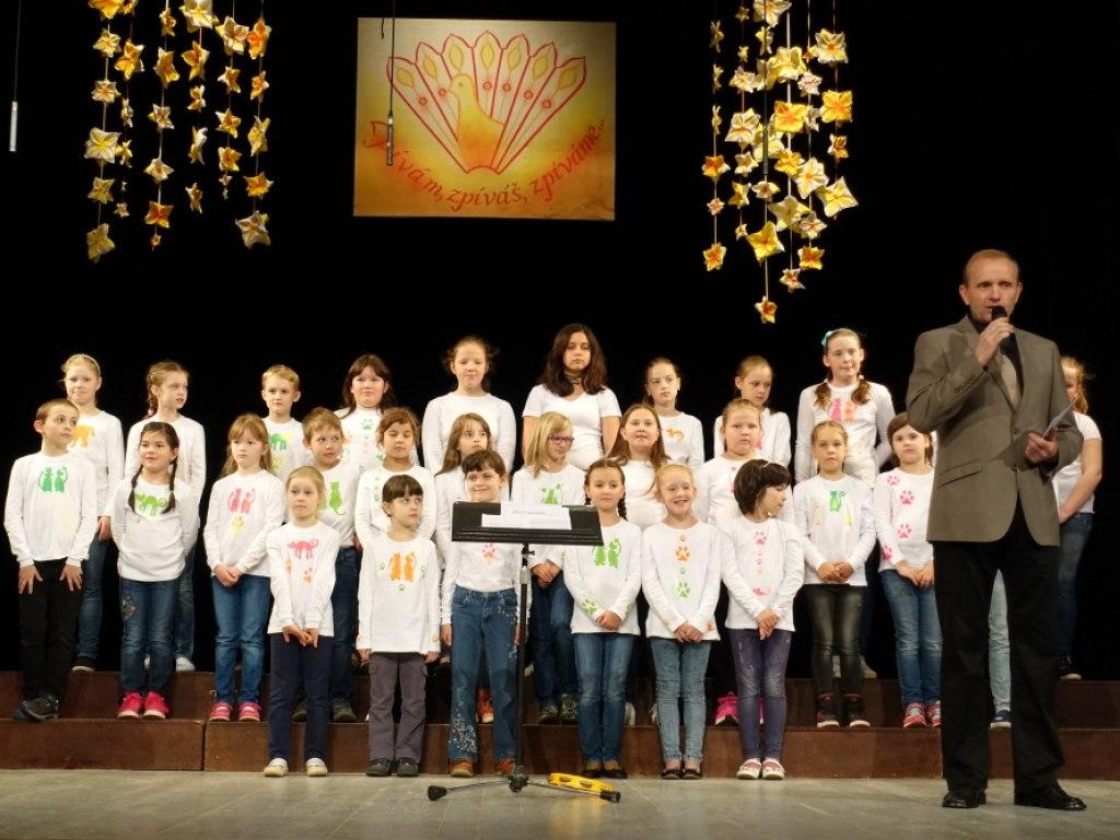 Přehlídka pěveckých sborů Zpívám, zpíváš, zpíváme 3