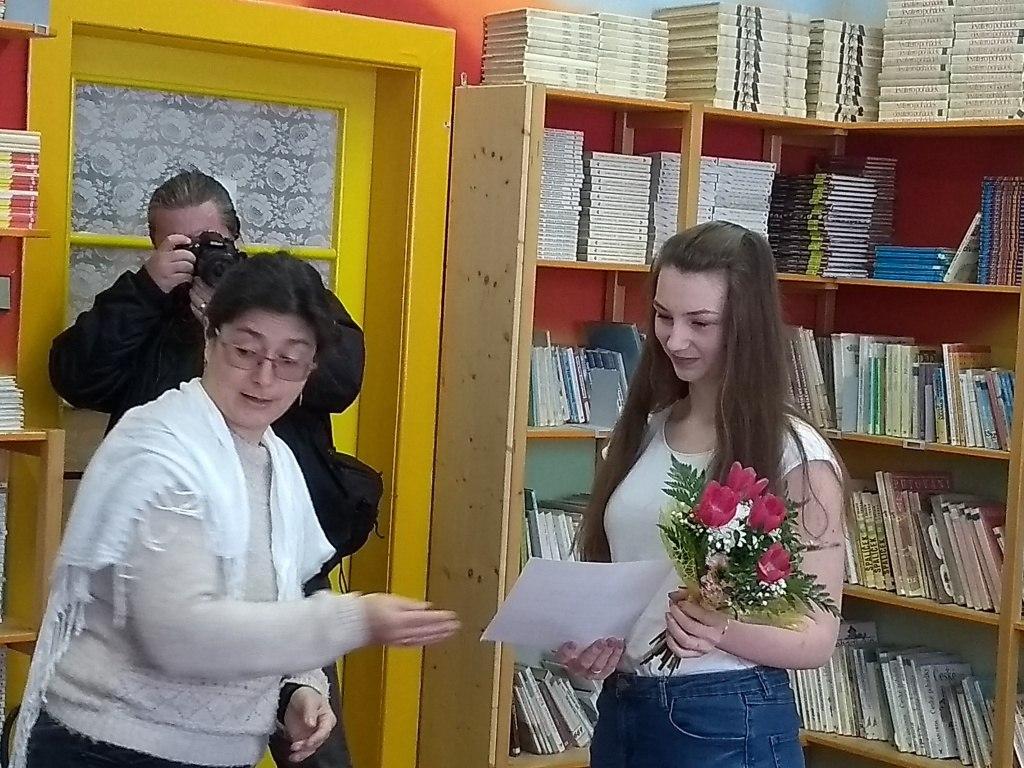 Předávaní ceny - A. Steinerová 9.A 4