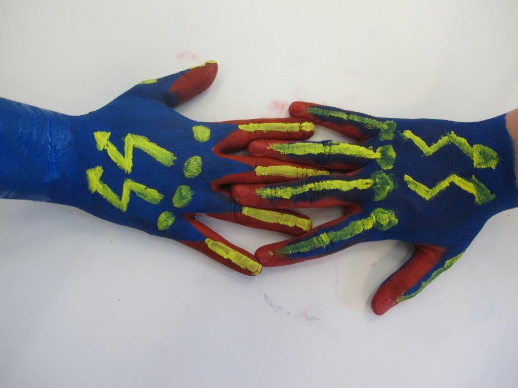 Body art ruce 6