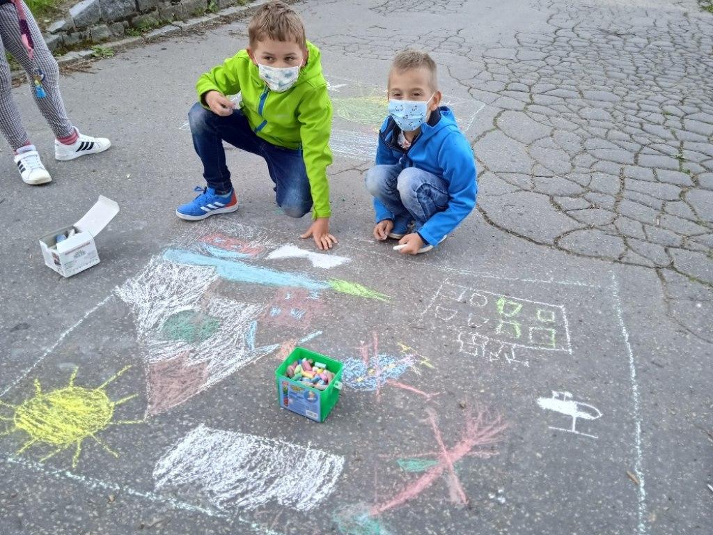 Malování na asfalt 22